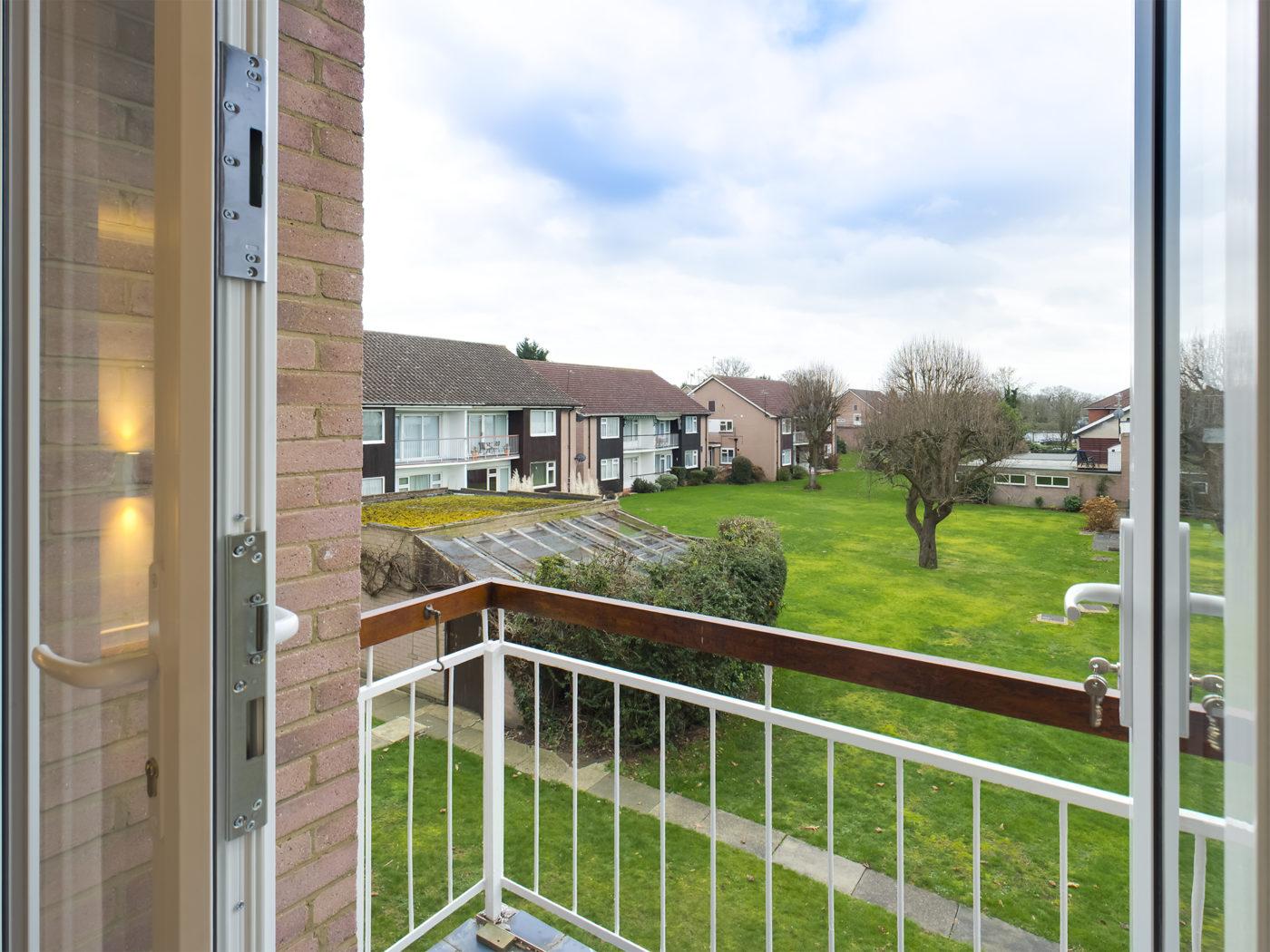 Garden Court, Stanmore, HA7 4TE