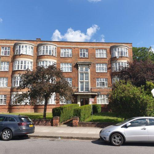 Quadrant Close, Hendon, NW4