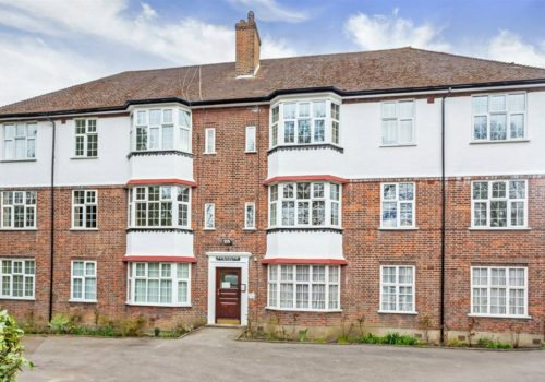 Fernside Court, Holders Hill Road, Hendon, NW4
