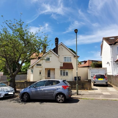 The Approach, Hendon, NW4