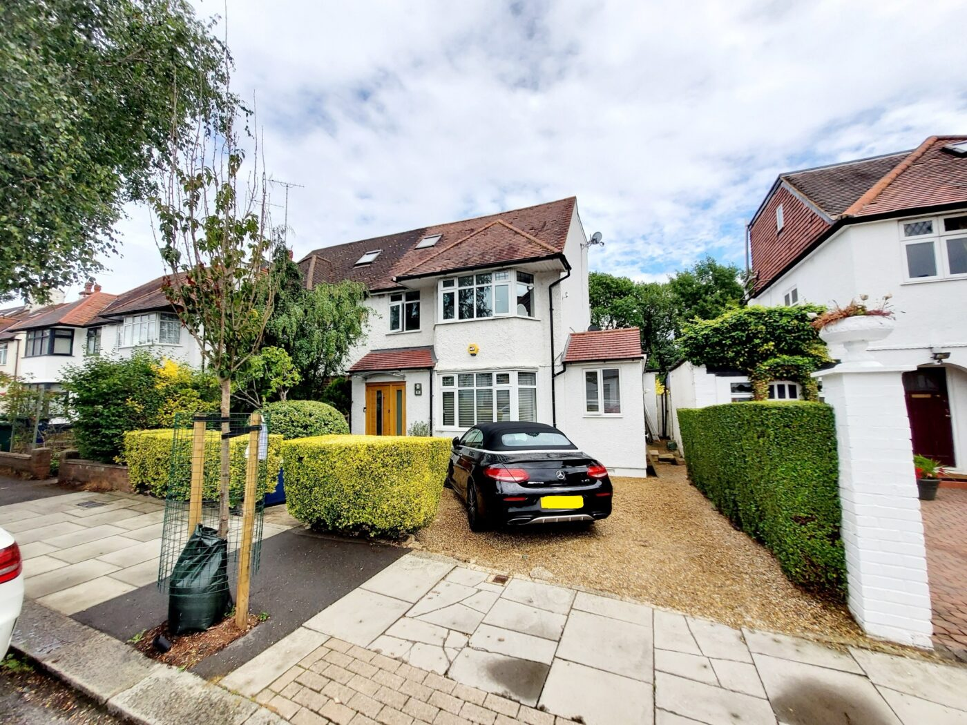 Holders Hill Drive, Hendon NW4