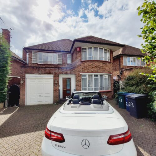 Heriot Road, Hendon, NW4