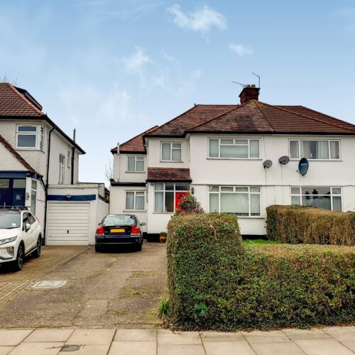 Highview Avenue, Edgware, HA8